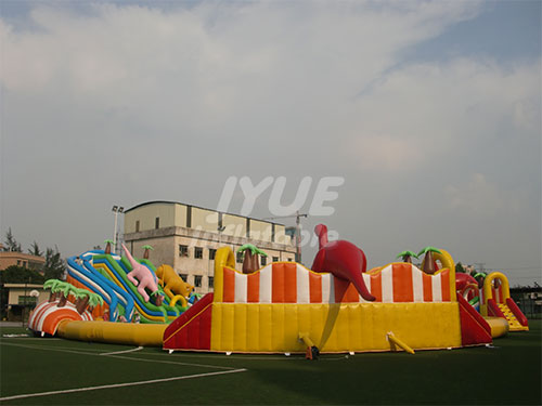 PVC Tarpaulin Adult Children's Inflatable Water Park For Playing Equipment