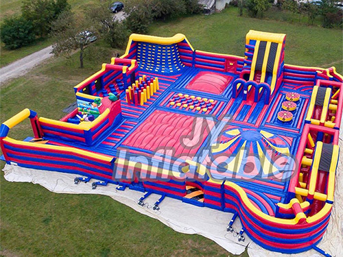 Inflatable Trampoline Theme Park