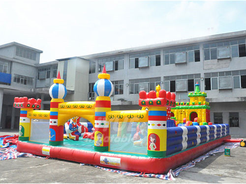 Outdoor Fun World Amusement Park Indoor Inflatable Playground Equipment On Sale